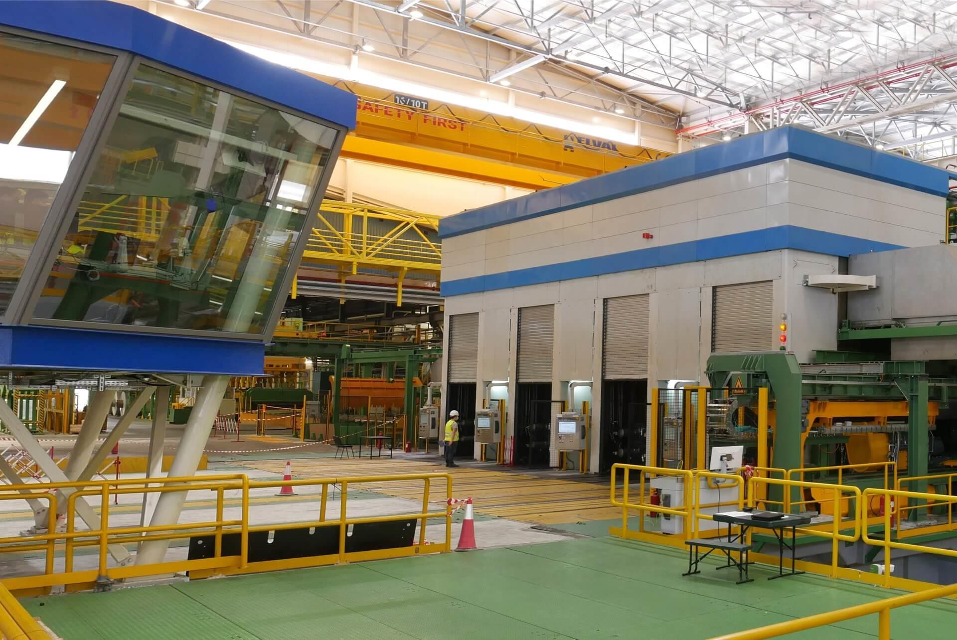 H Elval, κορυφαία βιομηχανία έλασης αλουμινίου, διαθέτει το πιο σύγχρονο τετραπλό θερμό έλαστρο αλουμινίου
